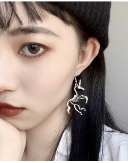METAL BONE PATTERNED EARRING