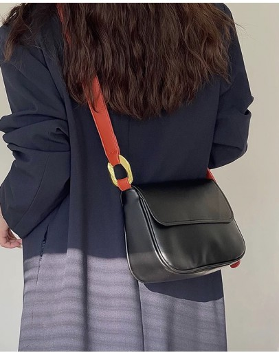 FREE SHIPPING FAUX LEATHER CROSSBODY BAGS