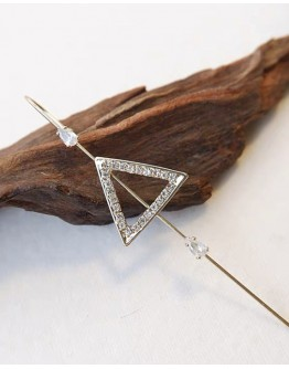 【GS】FREE SHIPPING TRIANGLE EARRING ( ONE ONLY )