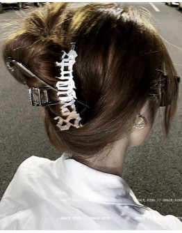 FREE SHIPPING SEXY GIRL PATTERN HAIR-CLIPS