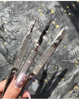 BUY 1 FREE 1 DISPLACE FAUX DIAMONDS EYEBROW PEN