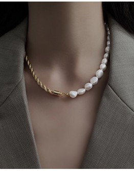 FREE SHIPPING FAUX PEARL METAL NECKLACE