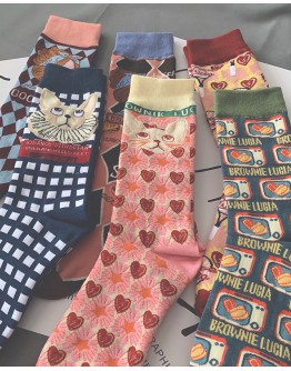 FREE SHIPPING LADIES VINTAGE 3 PAIRS SOCKS