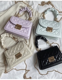 【WHB】QUILTED CHAIN CROSSBODY BAGS
