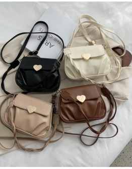 【WHB】HEART FLAP-TOP CROSSBODY BAGS