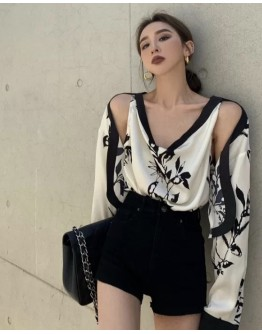 FREE SHIPPING LADIES CUT-OUT FLORA POLYESTER TOPS