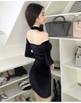 LADIES VELVET OFF-THE-SHOULDER DRESS (CUTTING SMALL)